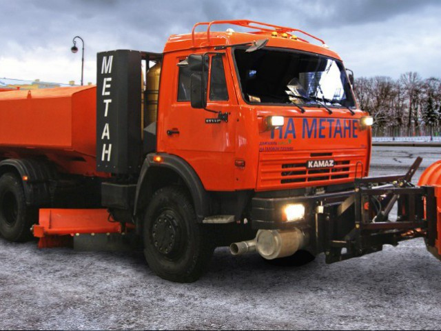 Универсальная дорожная машина УДМ-80Е